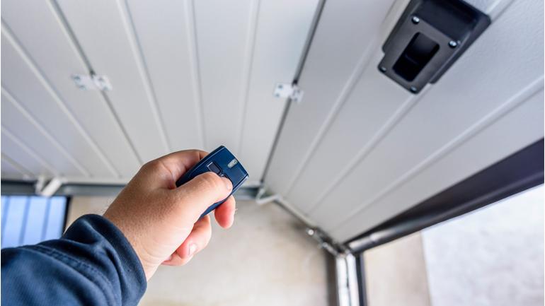 Garage Door Remotes Controles